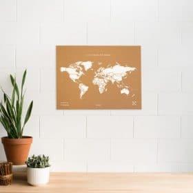 Gagnez votre carte du monde Miss Wood en liege naturel